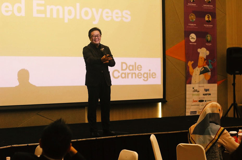 Andrianto Kastin, a speaker from Dale Carnegie Training.
